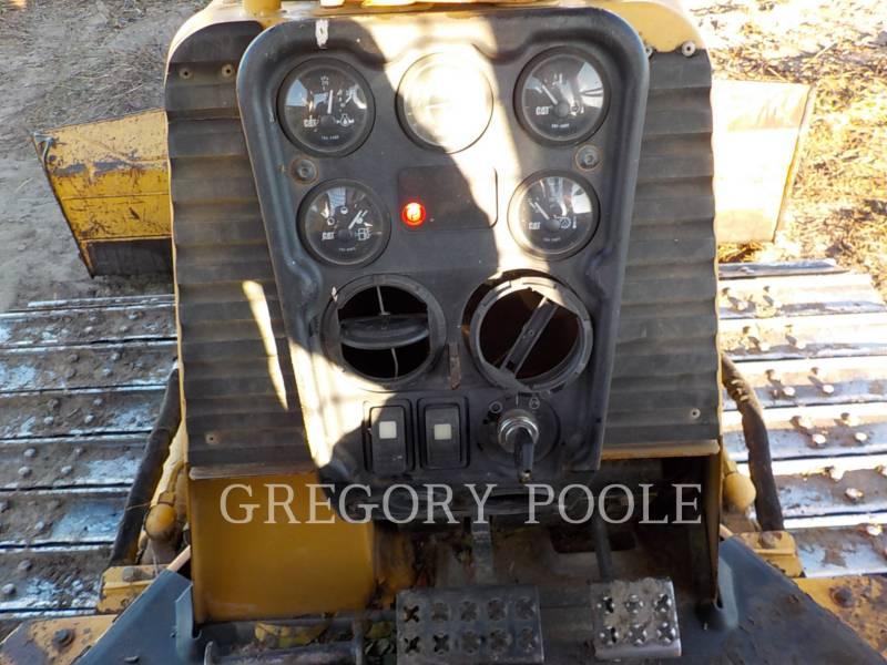 CATERPILLAR TRACK TYPE TRACTORS D3G equipment  photo 24