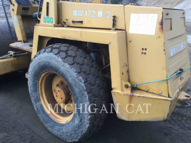 BOMAG COMPACTEUR VIBRANT, MONOCYLINDRE LISSE BW172D equipment  photo 15