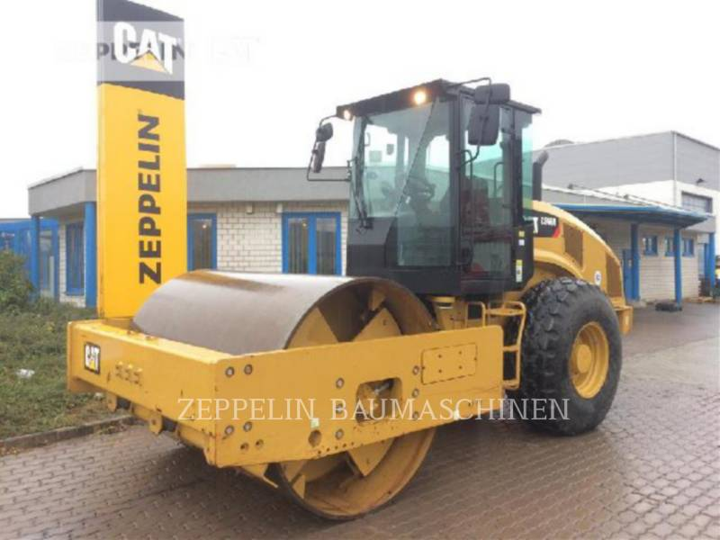 CATERPILLAR COMPACTADORES DE SUELOS CS66B equipment  photo 1