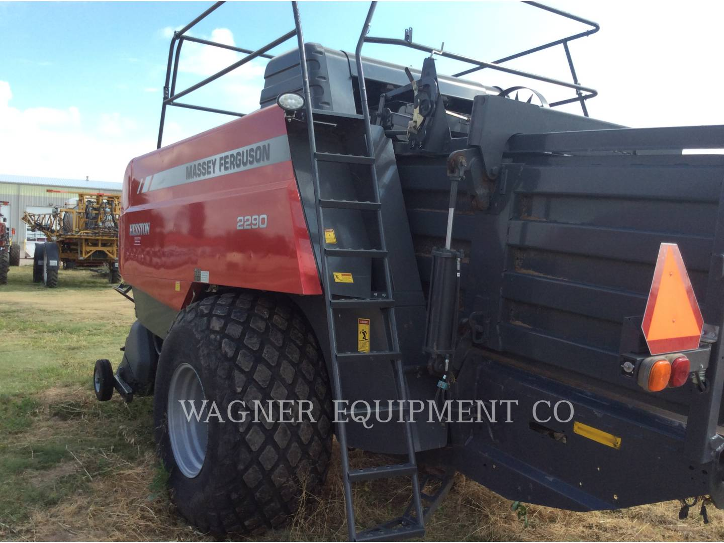 Detail photo of 2015 Massey Ferguson 2290 from Construction Equipment Guide