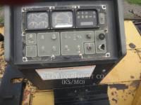 CATERPILLAR ASPHALT PAVERS AP-655C equipment  photo 16