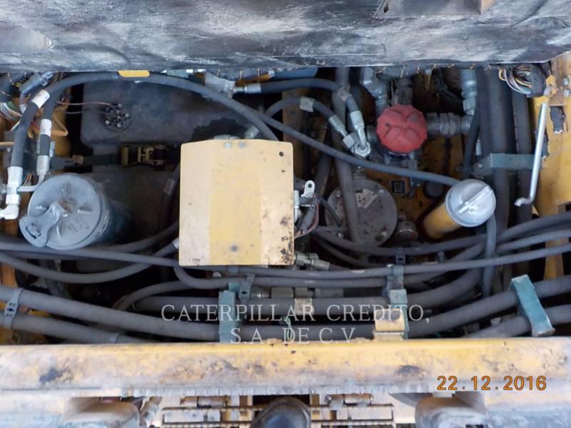 CATERPILLAR PAVIMENTADORA DE ASFALTO AP-655D equipment  photo 11