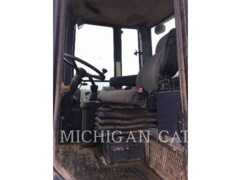 JOHN DEERE WHEEL LOADERS/INTEGRATED TOOLCARRIERS 544J equipment  photo 5