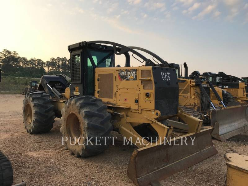 CATERPILLAR LEŚNICTWO - SKIDERY 525D equipment  photo 4