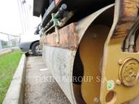CATERPILLAR VIBRATORY DOUBLE DRUM ASPHALT CB-334EII equipment  photo 14