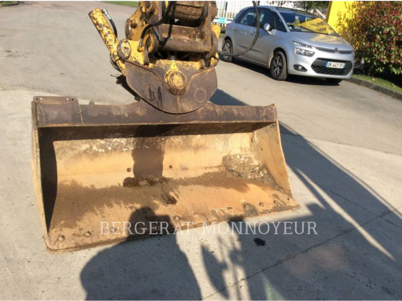 CATERPILLAR TRACK EXCAVATORS 319DL equipment  photo 9