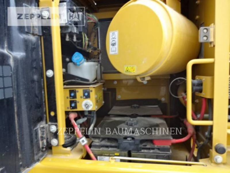 CATERPILLAR KETTEN-HYDRAULIKBAGGER 326D2 equipment  photo 18