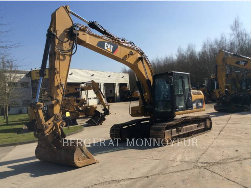 CATERPILLAR TRACK EXCAVATORS 319DL equipment  photo 8