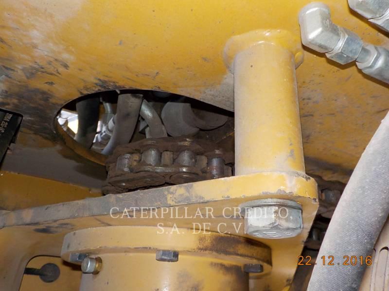 CATERPILLAR PAVIMENTADORA DE ASFALTO AP-655D equipment  photo 18