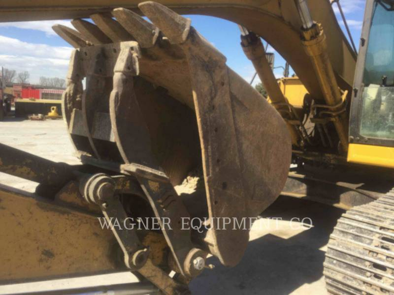 CATERPILLAR TRACK EXCAVATORS 322BL THB equipment  photo 5