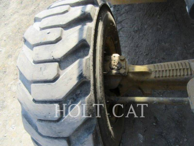 CATERPILLAR CARGADOR INDUSTRIAL 414E equipment  photo 11