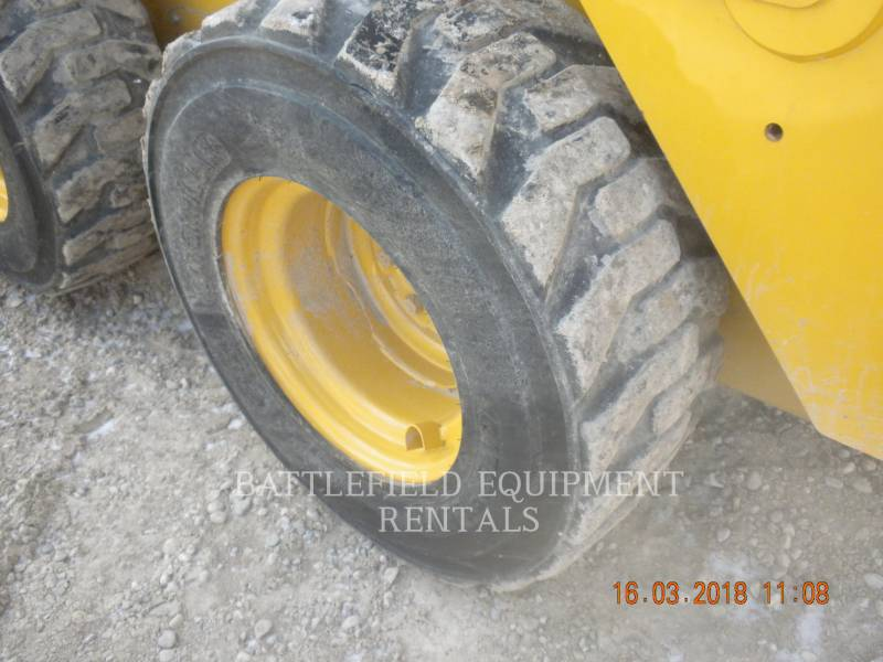 CATERPILLAR SCHRANKLADERS 236D equipment  photo 9