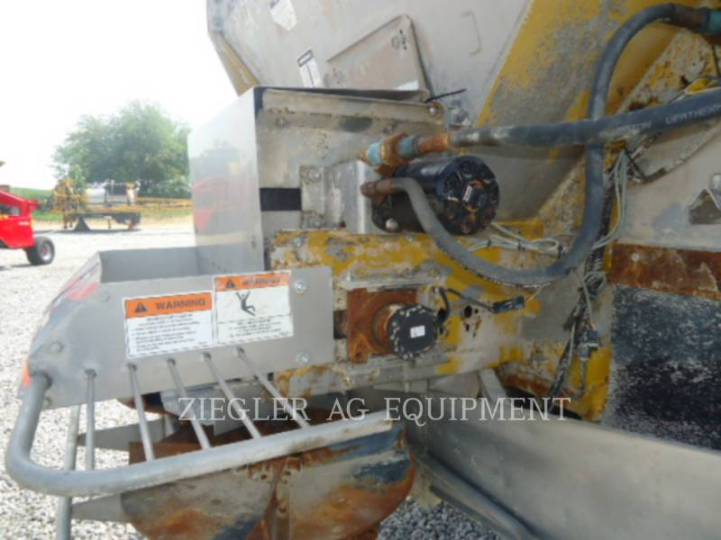 AG-CHEM FLOATERS 6203 equipment  photo 15