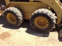 CATERPILLAR SKID STEER LOADERS 246 equipment  photo 11