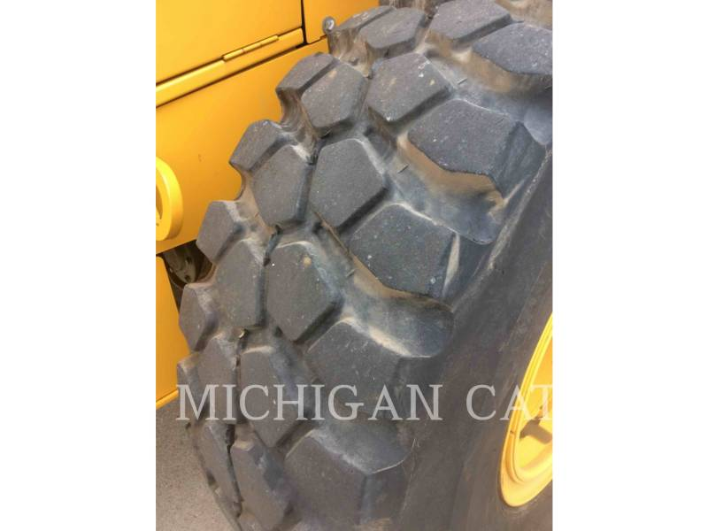 JOHN DEERE CARGADORES DE RUEDAS 524K equipment  photo 15
