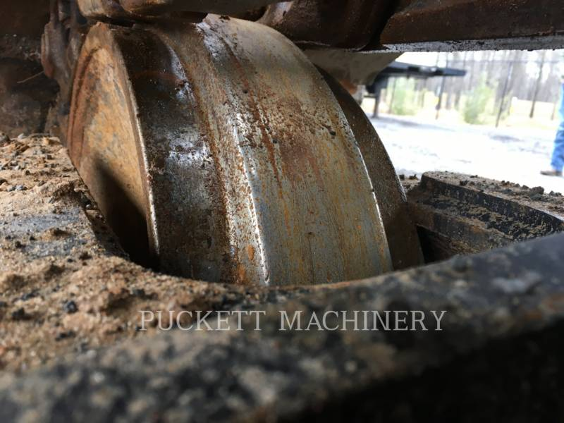 CATERPILLAR EXCAVADORAS DE CADENAS 326F equipment  photo 12