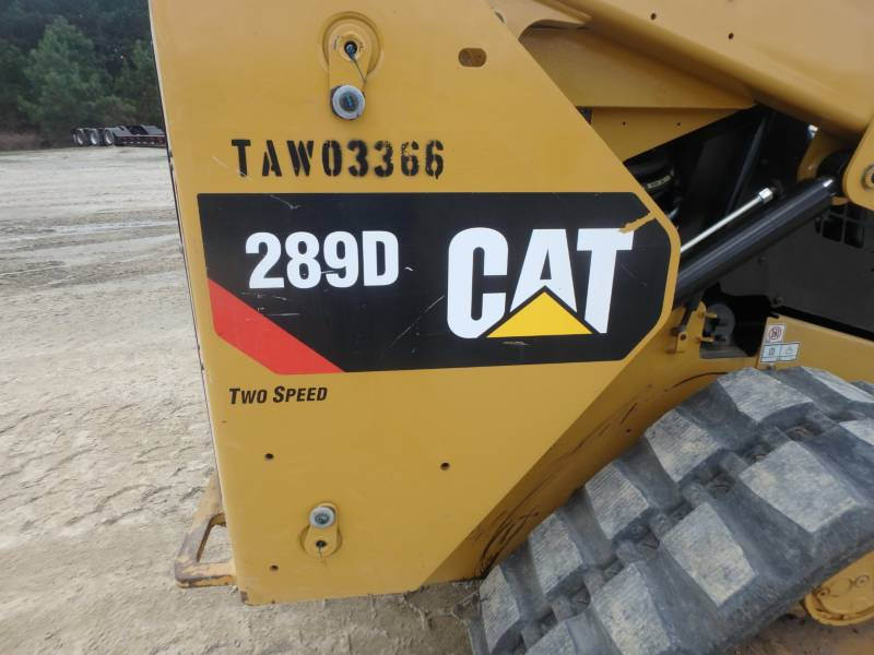 CATERPILLAR CHARGEURS TOUT TERRAIN 289D equipment  photo 23