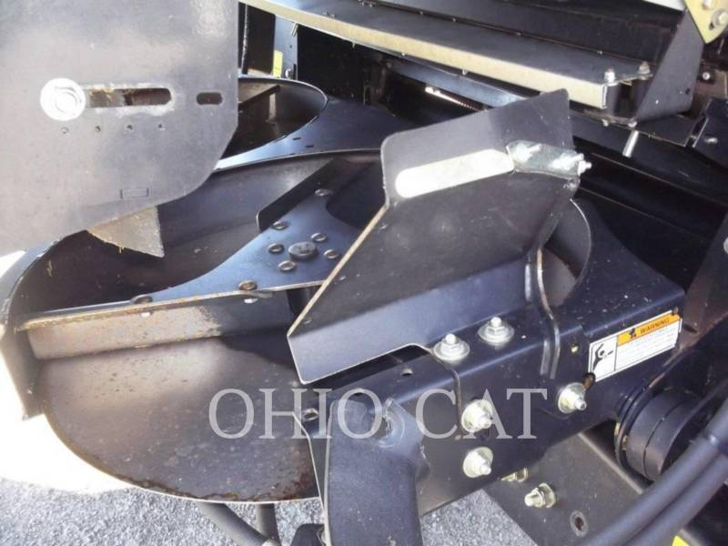 CASE/NEW HOLLAND COMBINADOS CR9040 equipment  photo 12