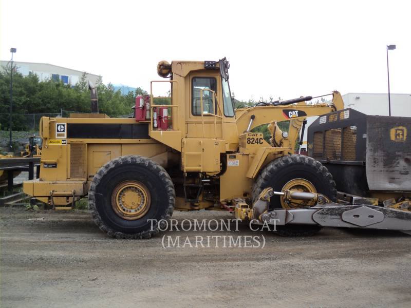 CATERPILLAR WHEEL DOZERS 824C--WOOD CHIP equipment  photo 1