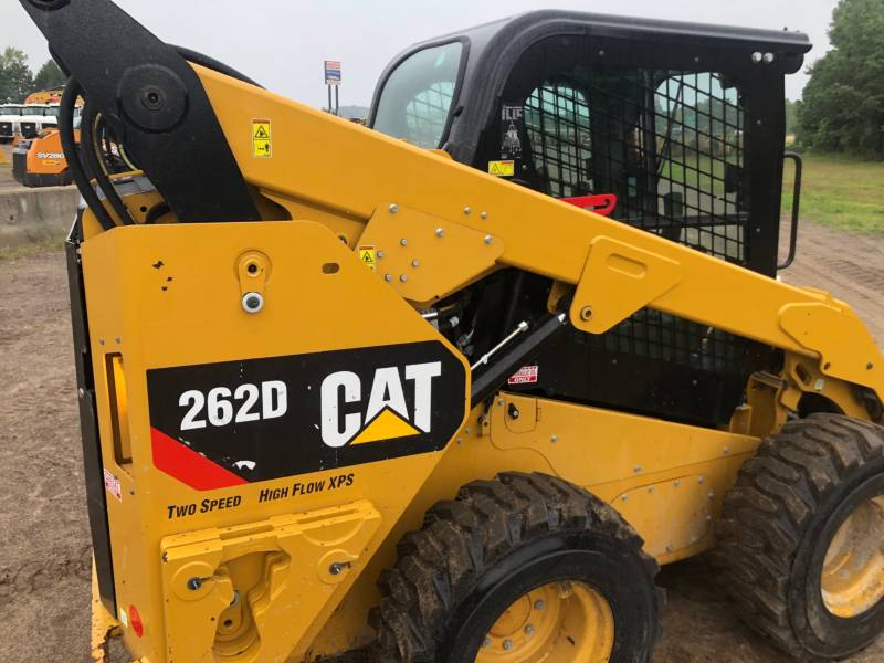 CATERPILLAR PALE COMPATTE SKID STEER 262 D equipment  photo 6