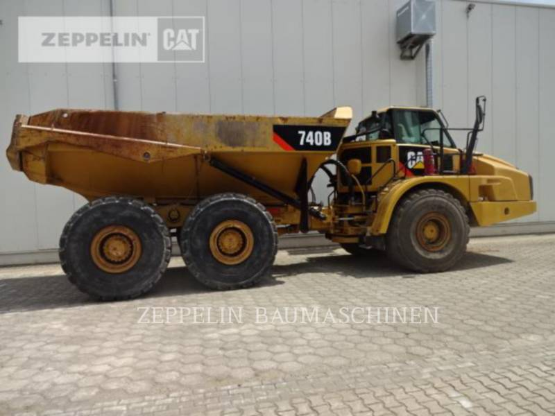 CATERPILLAR KNICKGELENKTE MULDENKIPPER 740B equipment  photo 5