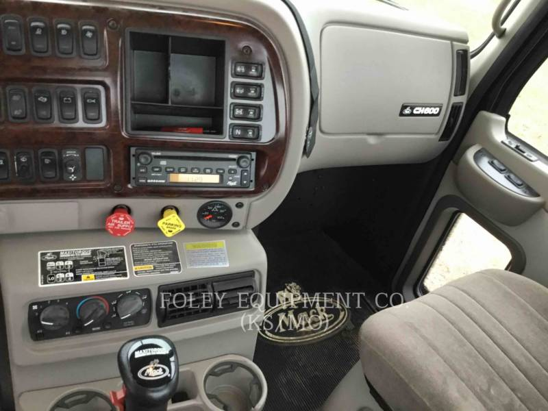 MACK CAMIONS ROUTIERS CNH613 equipment  photo 11