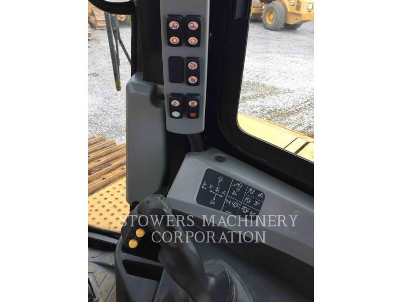 Caterpillar TRACTOARE CU ŞENILE D6TLGPVPAT equipment  photo 16