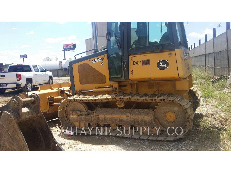 Detail photo of 2006 John Deere 650J LT from Construction Equipment Guide