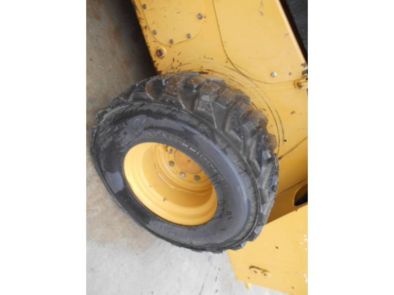CATERPILLAR SKID STEER LOADERS 262D equipment  photo 19