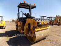 Equipment photo CATERPILLAR CB7 ROLO COMPACTADOR DE ASFALTO DUPLO TANDEM 1
