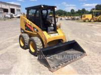 CATERPILLAR MINICARREGADEIRAS 226B equipment  photo 2