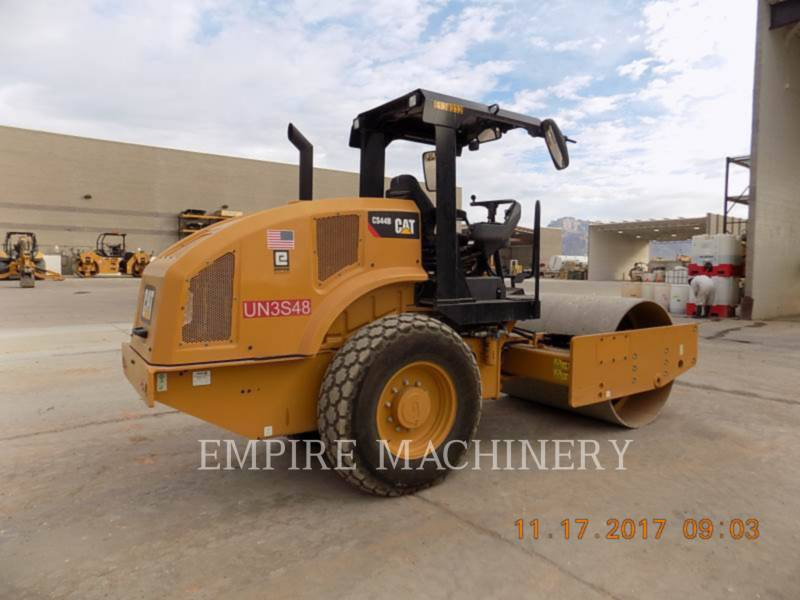 CATERPILLAR COMPACTEUR VIBRANT, MONOCYLINDRE LISSE CS44B equipment  photo 2