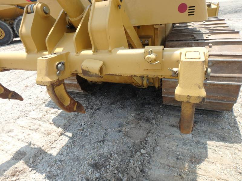 CATERPILLAR TRACK TYPE TRACTORS D6K2LGP equipment  photo 15