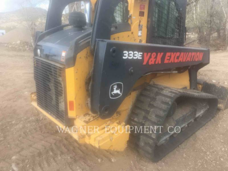 DEERE & CO. SKID STEER LOADERS 333E equipment  photo 3
