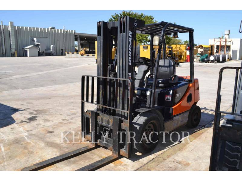 DOOSAN INFRACORE AMERICA CORP. MONTACARGAS D30S-5 equipment  photo 4