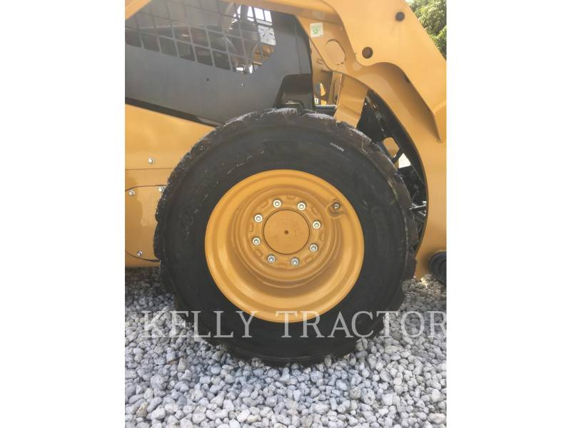 Caterpillar MINIÎNCĂRCĂTOARE RIGIDE MULTIFUNCŢIONALE 236D equipment  photo 13