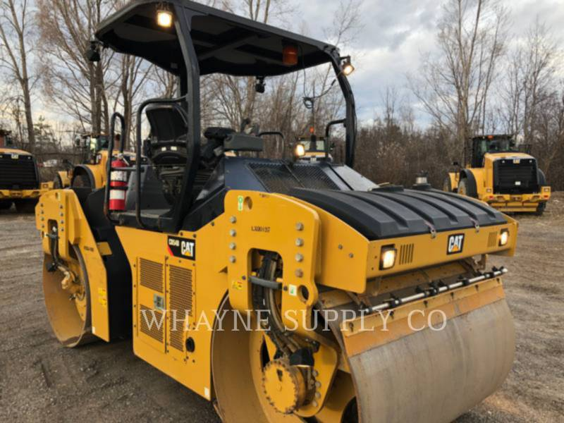 CATERPILLAR COMPACTEURS TANDEMS VIBRANTS CB54B equipment  photo 5