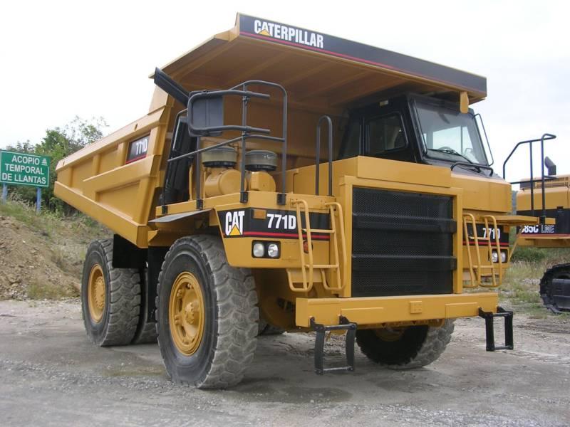 CATERPILLAR ダンプ・トラック 771D equipment  photo 1