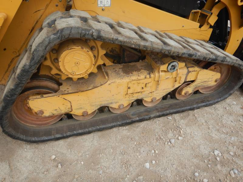 CATERPILLAR CARGADORES MULTITERRENO 259 D equipment  photo 10