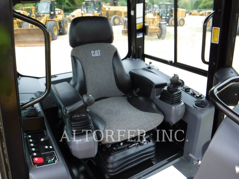CATERPILLAR TRACTORES DE CADENAS D6K2 LGP equipment  photo 4