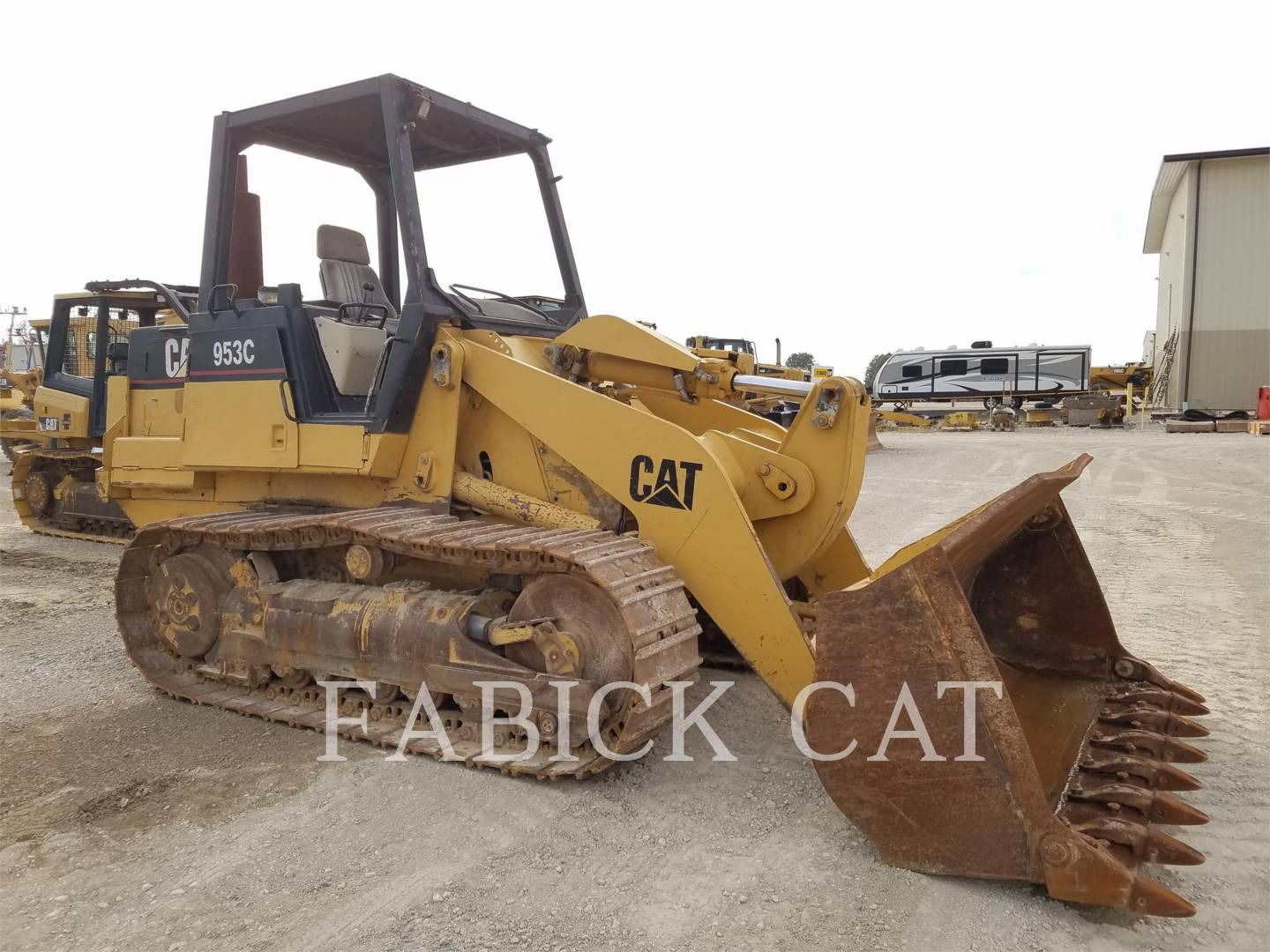 Detail photo of 1997 Caterpillar 953C from Construction Equipment Guide