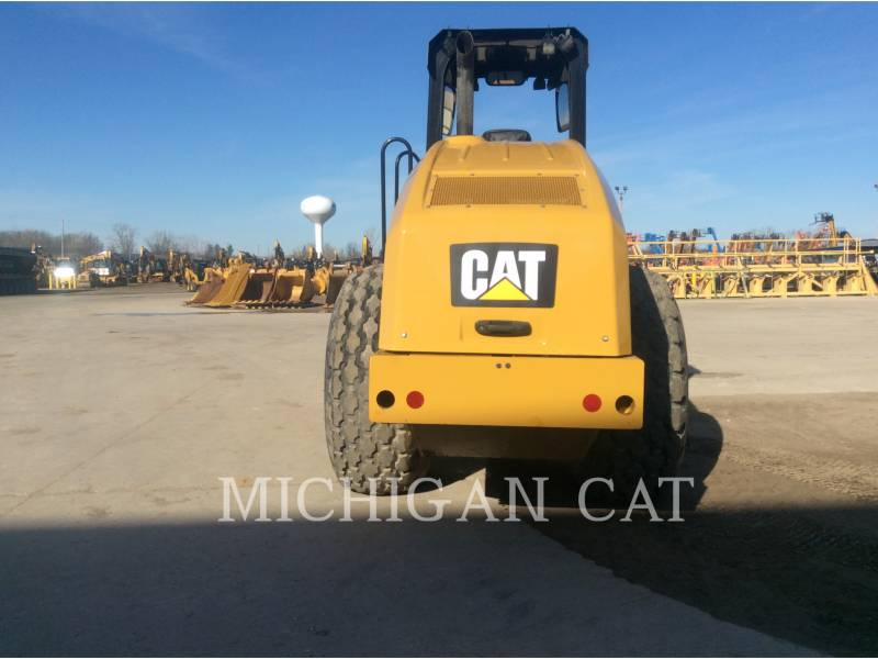 CATERPILLAR COMPACTEUR VIBRANT, MONOCYLINDRE LISSE CS54B equipment  photo 7