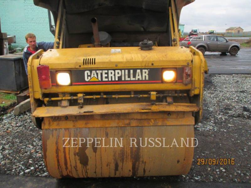 CATERPILLAR VIBRATORY DOUBLE DRUM ASPHALT CB-434D equipment  photo 6