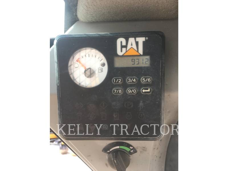 CATERPILLAR SKID STEER LOADERS 242D equipment  photo 12