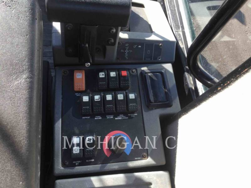 CATERPILLAR CARGADORES DE RUEDAS 924G HLQ equipment  photo 17