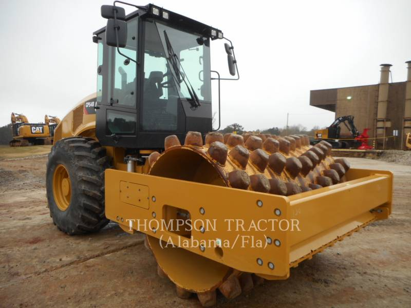 CATERPILLAR COMPACTEUR VIBRANT, MONOCYLINDRE À PIEDS DAMEURS CP54B equipment  photo 1