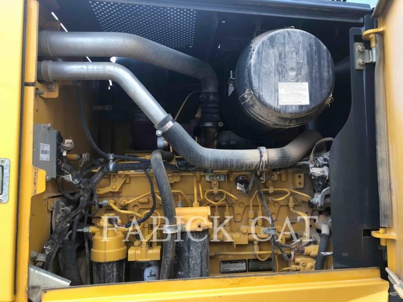 DEERE & CO. MOTORGRADER 672G equipment  photo 16