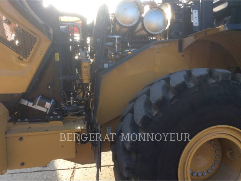 CATERPILLAR WIELLADERS/GEÏNTEGREERDE GEREEDSCHAPSDRAGERS 966M equipment  photo 16