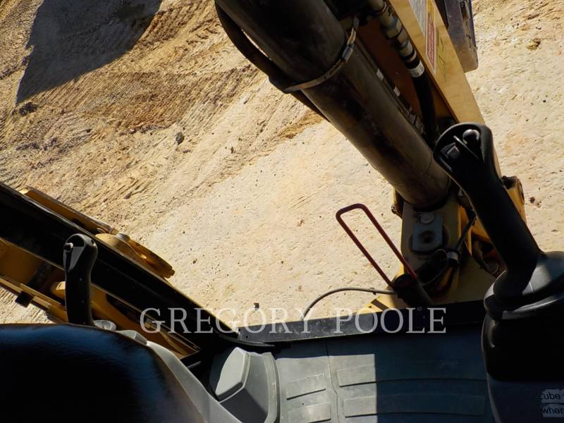 CATERPILLAR CHARGEUSES-PELLETEUSES 420F/HAM equipment  photo 24