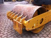 CATERPILLAR VIBRATORY SINGLE DRUM SMOOTH CS-423E equipment  photo 9